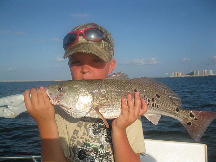 catching fish in navarre