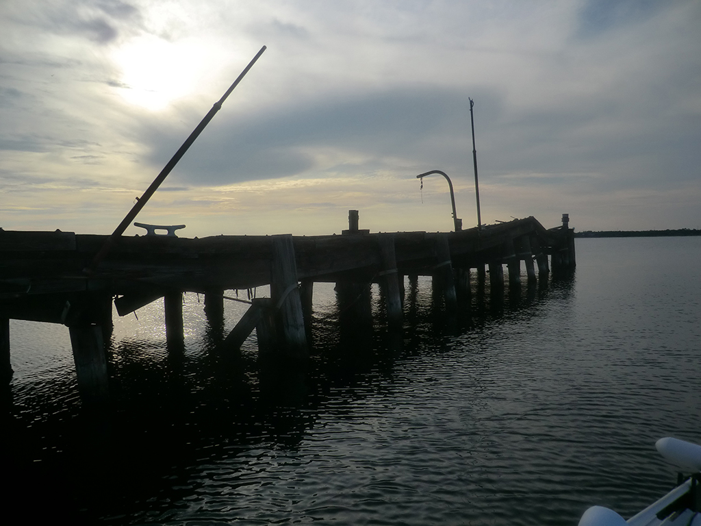 pier in navarre